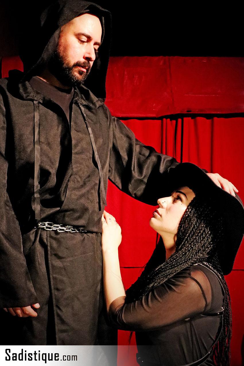 Nessuno si aspetta l'Inquisizione – e nemmeno di vincere il concorso di Sadistique